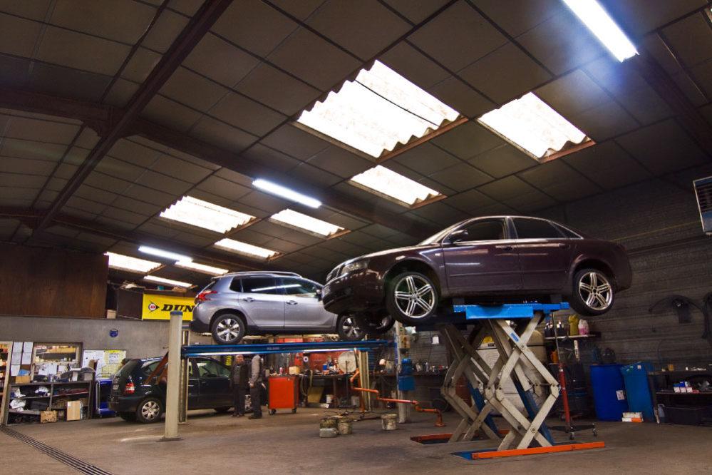 Salle mecanique reparation voiture garage garage de bourgogne for Garage clacy et thierret voiture occasion